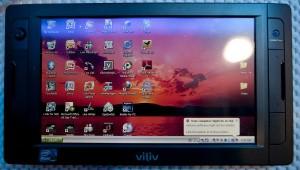 Tablet criado pela Viliv, com chip Atom